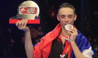 Супер Макс: Третий титул чемпиона по «наждачному» пинг-понгу (видео)